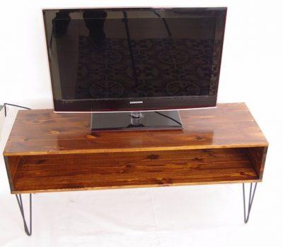 Meuble tv vintage sur hairpin legs en acier - Magasin meuble vintage ...